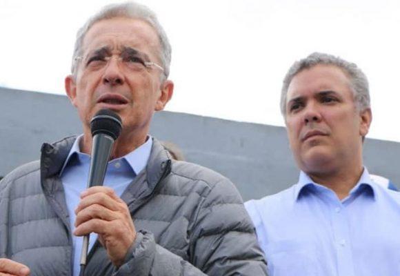 La baja popularidad de Álvaro Uribe, una sombra para los que apadrina