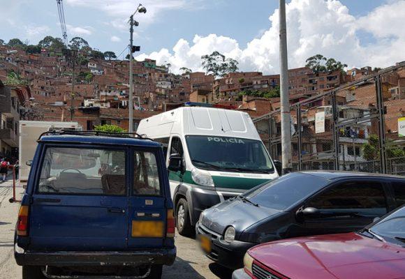 Comuna 13, donde se miden las fuerzas de los poderes que cohabitan Medellín