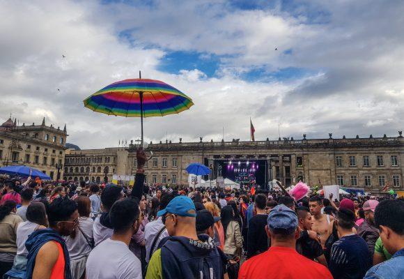 Un hetero en la marcha gay