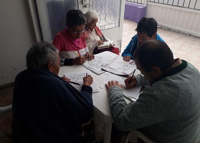 La Fundación Hogar de Abuelitos Fe y Luz no quiere cerrar sus puertas