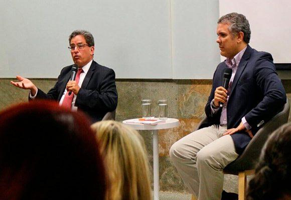 Alberto Carrasquilla ministro de Hacienda, Duque lo convenció