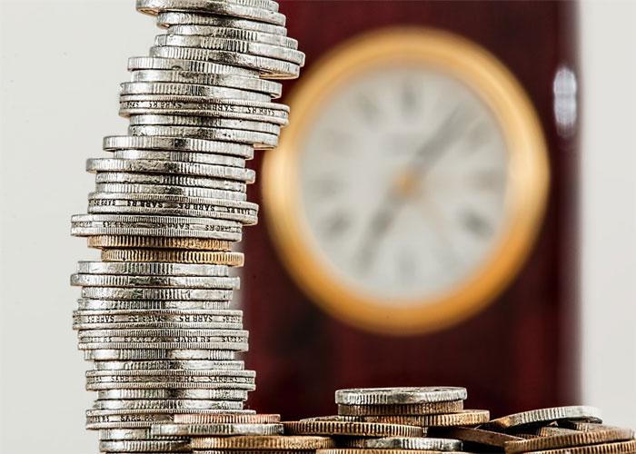 Multimillonario negocio: administran fondos privados y cotizan en Colpensiones