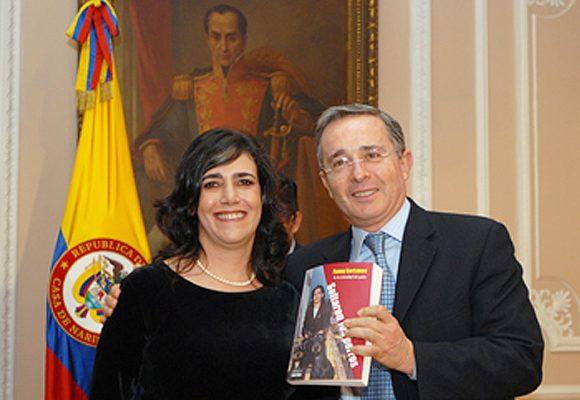 El Álvaro Uribe que yo conozco por Fanny Kertzman