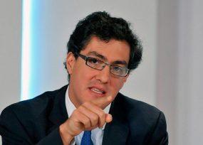 Juan Ricardo Ortega entraría a la puja por la Contraloría