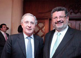 Segundo envión de Granados para que Uribe sea investigado por la Fiscalía y no por la Corte
