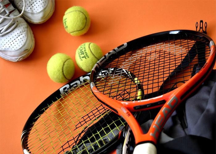Promesas del tenis colombiano se preparan para seguir los pasos de Federer, Nadal y las Williams