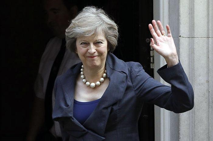 El ´brexit´ lleva al gobierno de Theresa May al límite