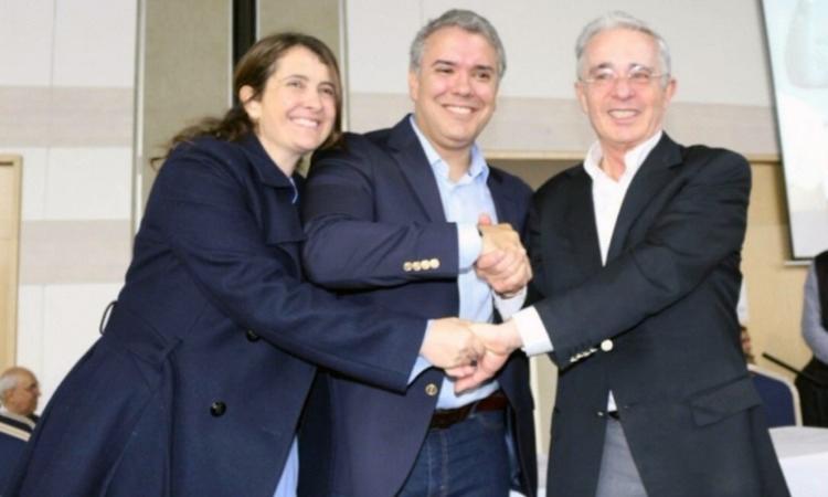 La mano de Uribe: Paloma Valencia - Las2orillas