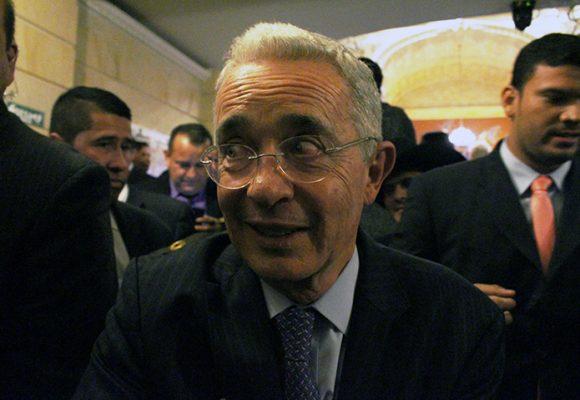 Suficiente, Uribe debe ocupar el sitio que merece