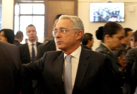 El pantallazo del trino de Uribe