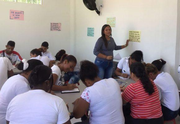 60 personas le apuestan a ser bachilleres en el primer centro jurídico comunitario del Caribe