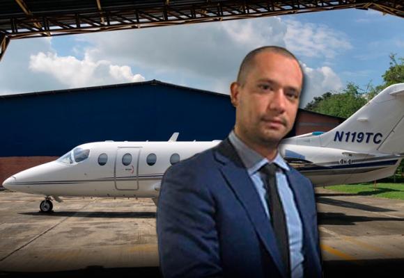 El jet privado de Diego Cadena, el enigmático abogado de Uribe