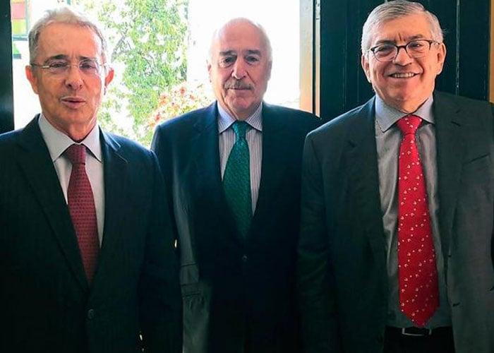 Uribe, Pastrana y Gaviria, ¿el parto de los montes?