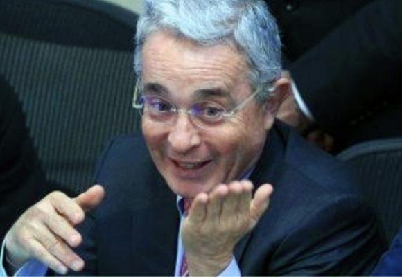 El mínimo que necesita Uribe