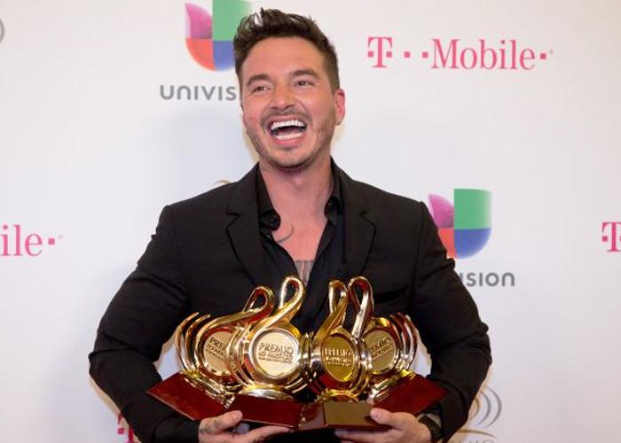 Ahora el Grammy se lo gana cualquier vulgar reguetonero