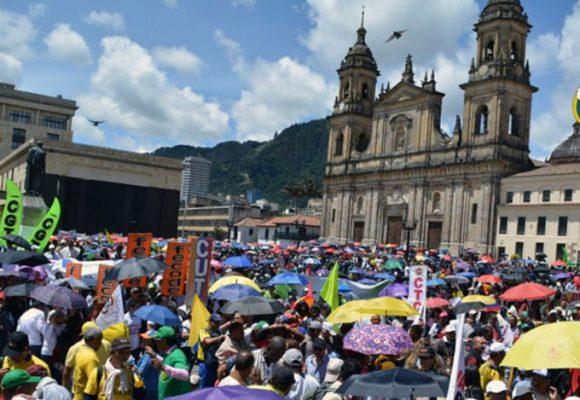 La dañina atomización sindical colombiana