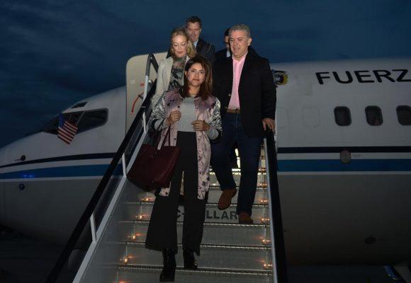 María Emma Mejía, escudera de la pareja presidencial al llegar a Nueva York