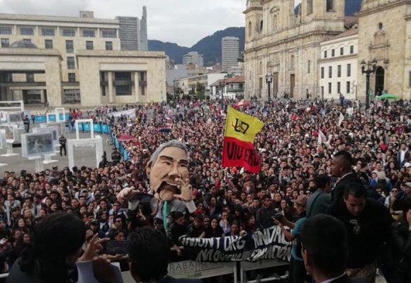 VIDEO: La manifestación que respaldó el debate en el Congreso por los líderes sociales