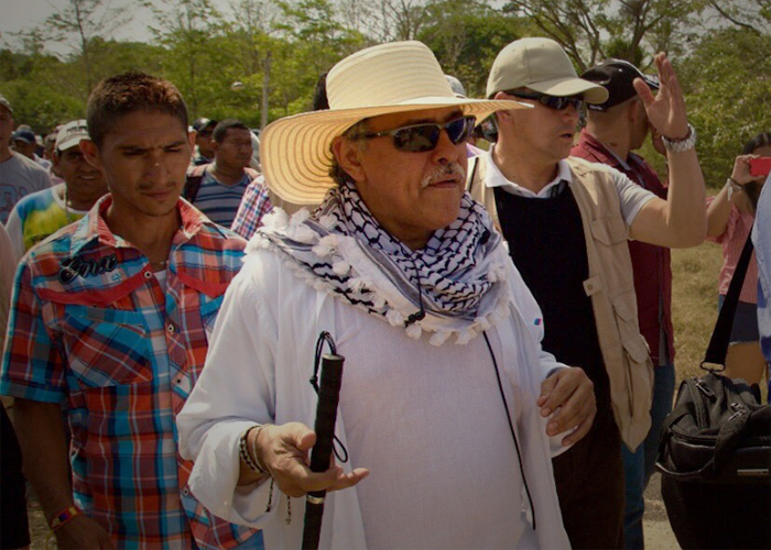Camila: el romance guerrillero de Jesús Santrich