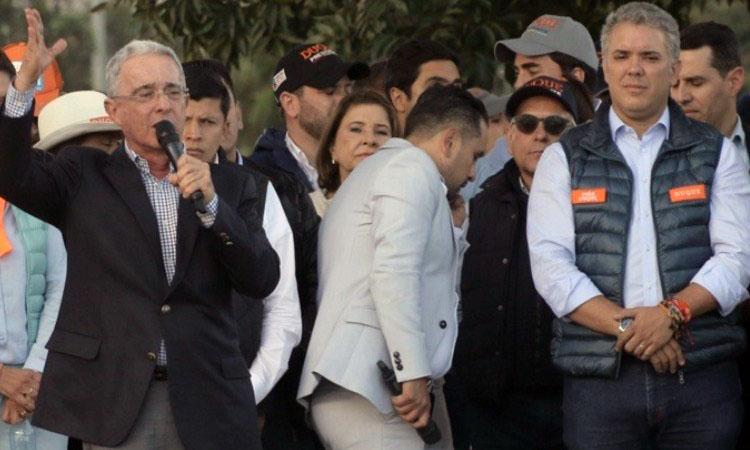 Uribe versus Duque