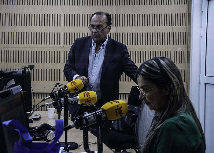 El doctor Peláez pasmó a Vicky Dávila