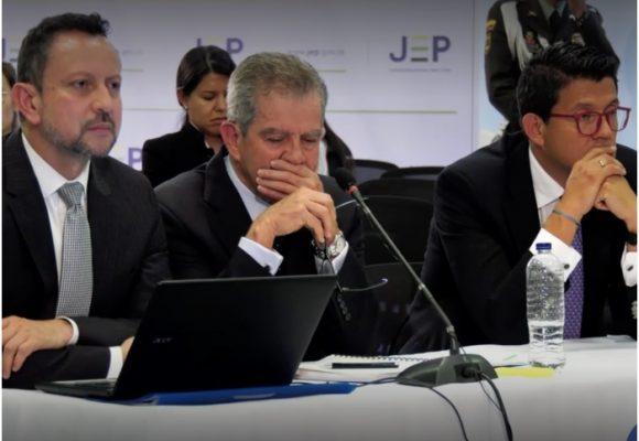 Víctimas dejan hablando solo al General (r) Mario Montoya en la JEP