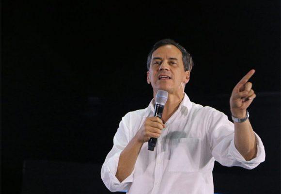"""""""El daño que le hizo Santos a la democracia tardará muchos años  en sanar"""": Rafael Nieto"""