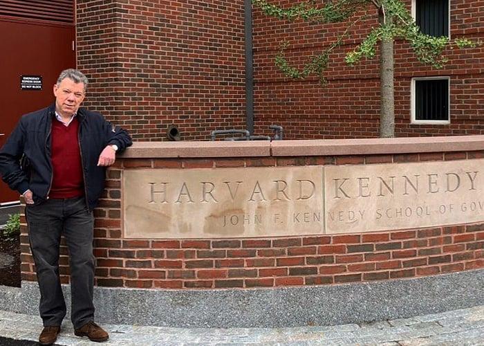 El verdadero rol de Santos en Harvard