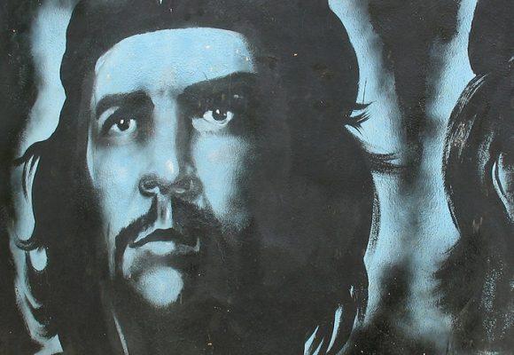 """""""Una vergüenza homenajear al Che Guevara"""""""