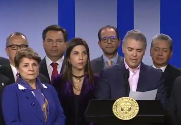 La taumatargia presidencial y el coro de rectores
