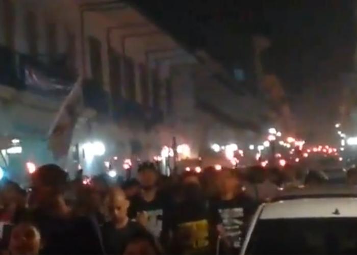 Con antorchas continúa la protesta estudiantil en el centro de Popayán