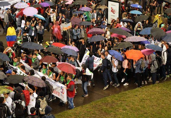 La pobre constitución del 1991 y las marchas estudiantiles