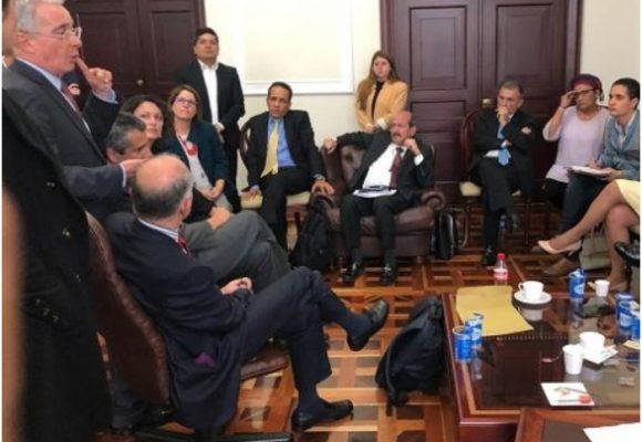La reunión entre Uribe, Petro, Farc y Verdes quedó en nada