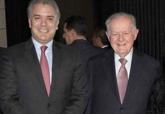 """""""Duque miente y Sarmiento aplaude"""""""