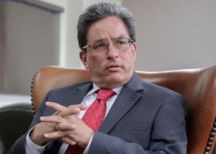 Ponentes de reforma tributaria hunden IVA a canasta familiar