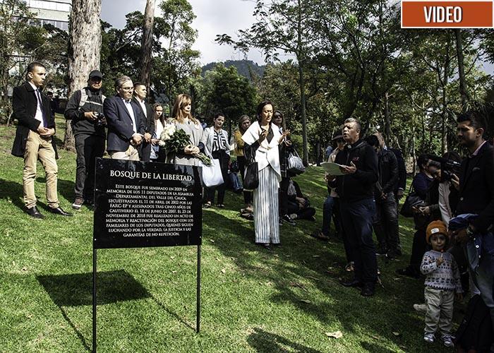 Los 11 diputados del Valle del Cauca ahora tienen un bosque en Bogotá