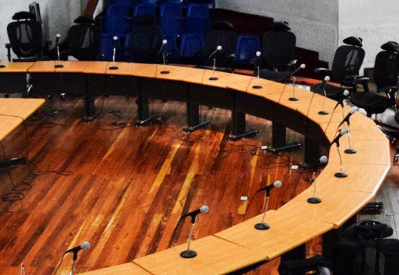 Concejales sancionados y destituidos podrían pedir reintegro