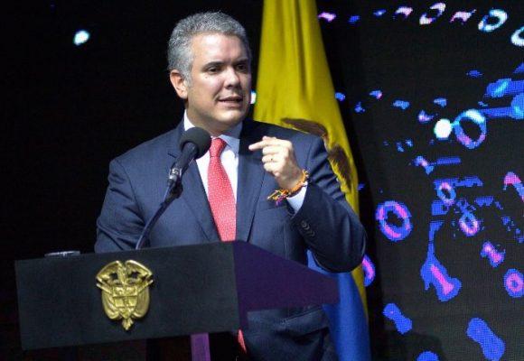 Presidente Duque, no sea mentiroso, usted no es capaz de defender a los colombianos