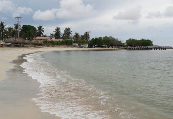 Tierra Bomba, la isla del olvido
