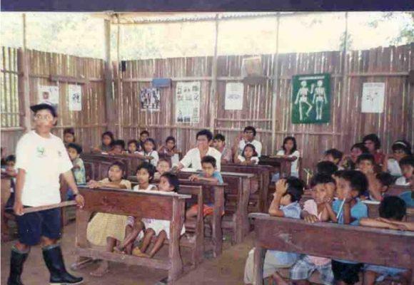 Un viaje a las escuelas más olvidadas de las regiones de Colombia