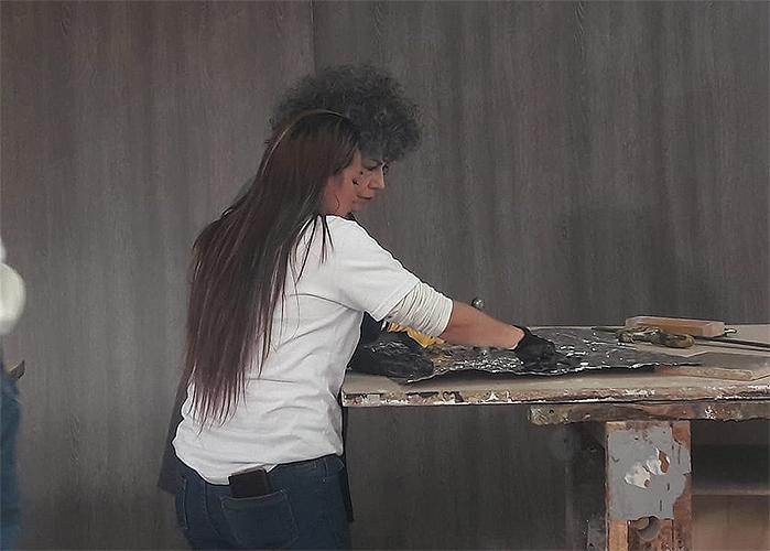 Las manos detrás de la obra de Doris Salcedo son de mujeres abusadas sexualmente