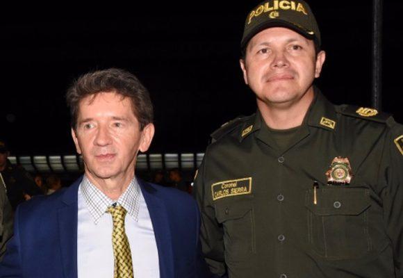 Furia de Luis Pérez con la cúpula de la Policía de Antioquia