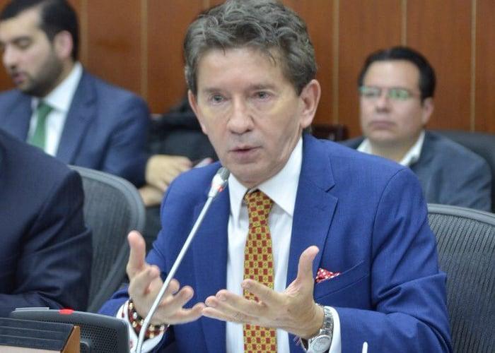 El show del gobernador de Antioquia con los espacios de reincorporación