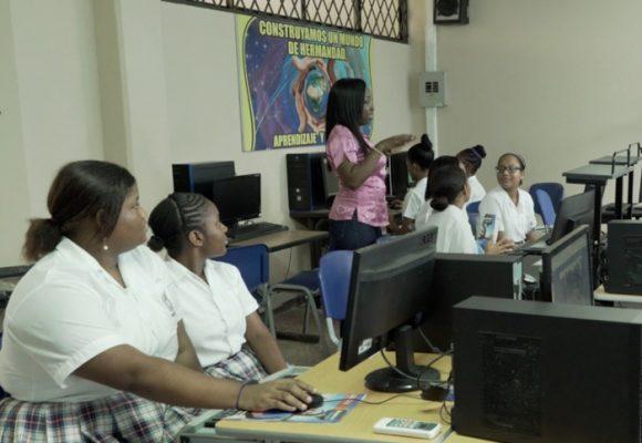 Mary Lili, la profe que revoluciona la enseñanza del inglés en el Valle