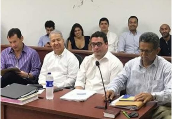 La millonaria defensa del alcalde suspendido de B/bermeja