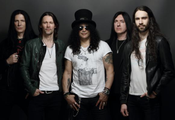 ¿Por qué el grupo de Slash es mucho mejor que Guns N' Roses? Video