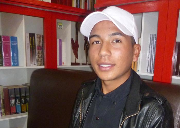 Carlos Cuaspud, el deportista y líder social, que es ejemplo para los jóvenes del sur del país