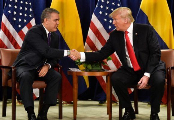Las rodilleras de los presidentes colombianos
