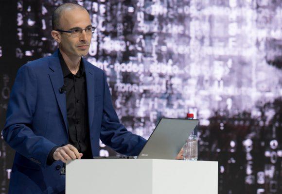 Yuval Noah Harari y su distopía futurista