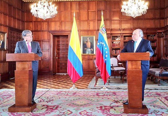Empresario petrolero venezolano, embajador paralelo en Colombia